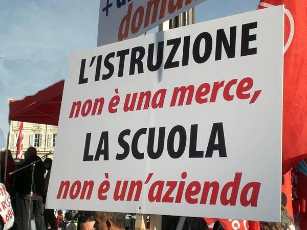 scuola_protesta