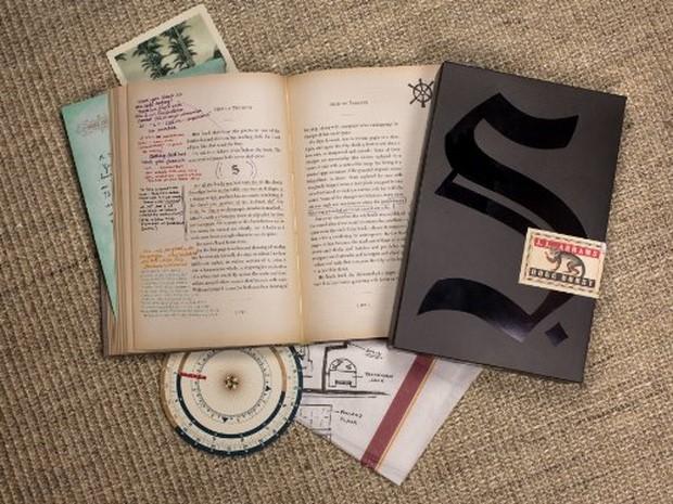 S.-La-nave-di-Teseo-il-libro-di-JJ-Abrams-nelle-librerie-italiane-dal-19-novembre-2