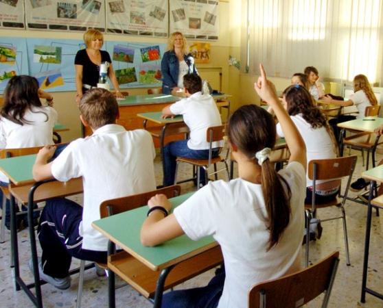 scuola senza stipendio